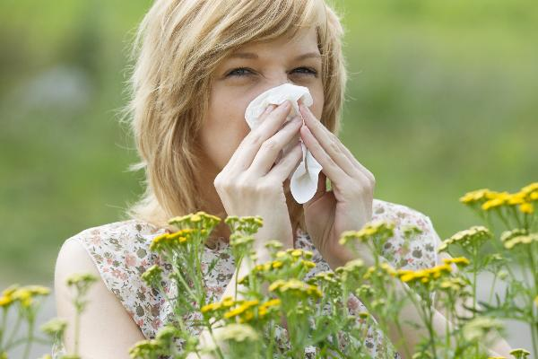 How to manage your seasonal allergies