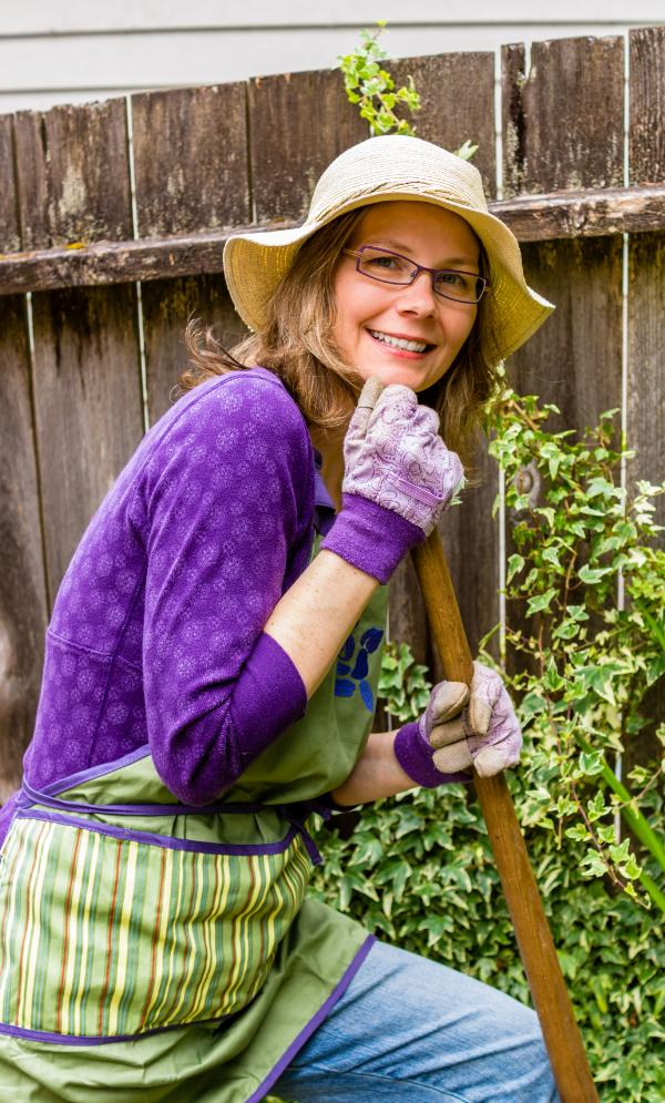 Tips to Avoid Injuries While Gardening