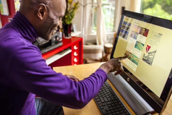 New Technology Helps Boomers and Seniors Have Fun and Stay in Touch