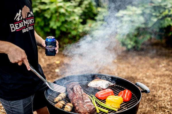 Easily create irresistible, rich smoke flavor at your tailgate using any grill.